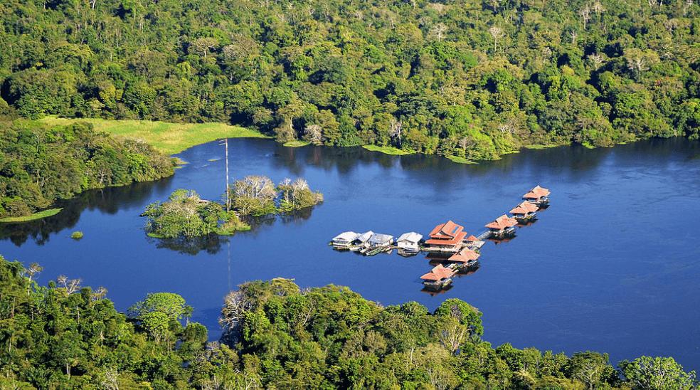 Piracucú Lodge